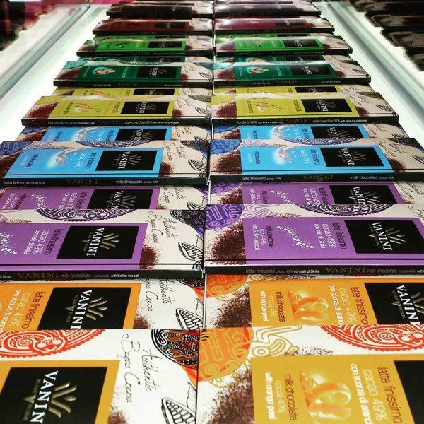 6 sabores diferentes con chocolate de origen vanini